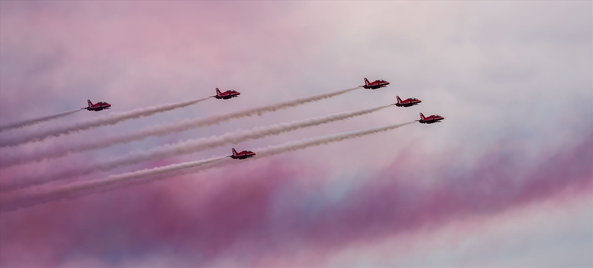 Red Arrows - The Red Arrows taken at the Sunderland air show 2016 by philreay